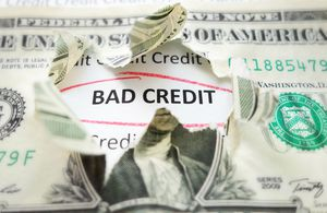 bad credit score illustration